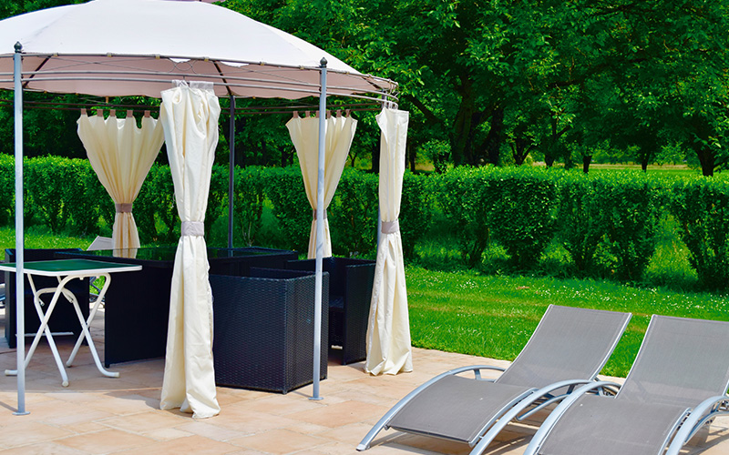 DOMAINE DE LACAVE - THE GARDEN FURNITURE